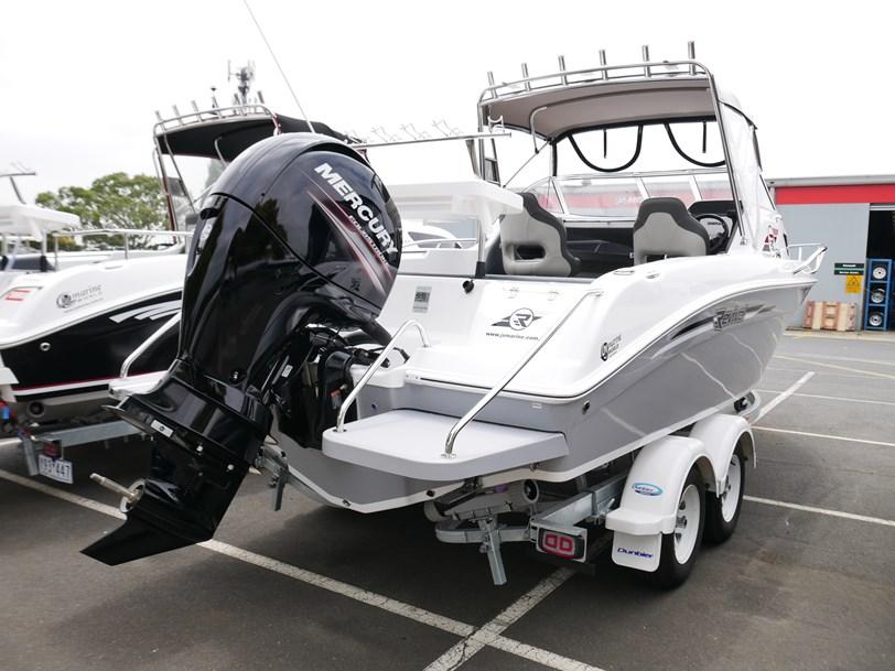 Revival 640 Sportz - Offshore Cabin Boat - April Super Special