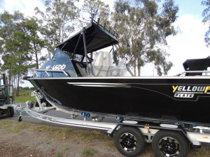 New Model 6500 Yellowfin with a Folding Hard Top Plate Alloy Fishing Package