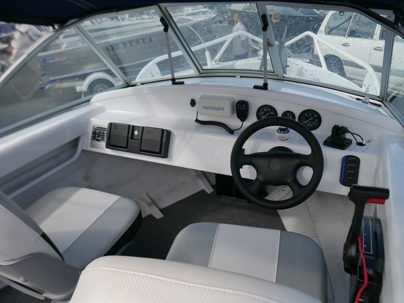 Savage 435 Bay Cruiser - Runabout