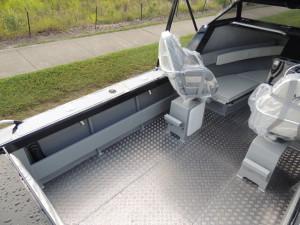 6500 YELLOWFIN Folding Hard Top Cabin  150 HP PACK 4