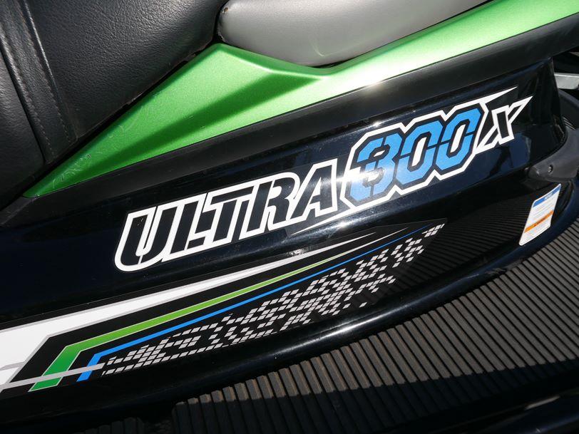 Kawasaki Ultra 300X Jetski