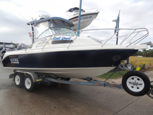 FOR SALE USED 620 BAYSPORT OFFSHORE WALKAROUND