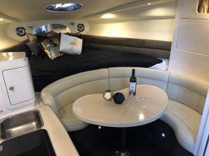 2005 Mustang 3200 Sports Cruiser