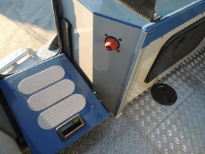5800 Yellowfin Centre Console our Pack 3