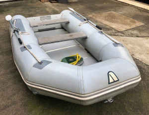 Used Achilles 2.9m Sport Top quality Hypalon inflatable boatin great condition.