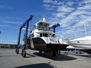 New Zealand built Formula 570 Enclosed Flybridge