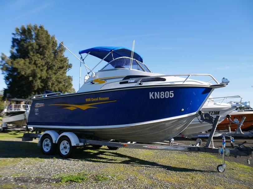 Stacer 600 Coral Runner - Cabin Boat