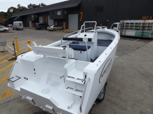 Noble 5.25 mt Side Console