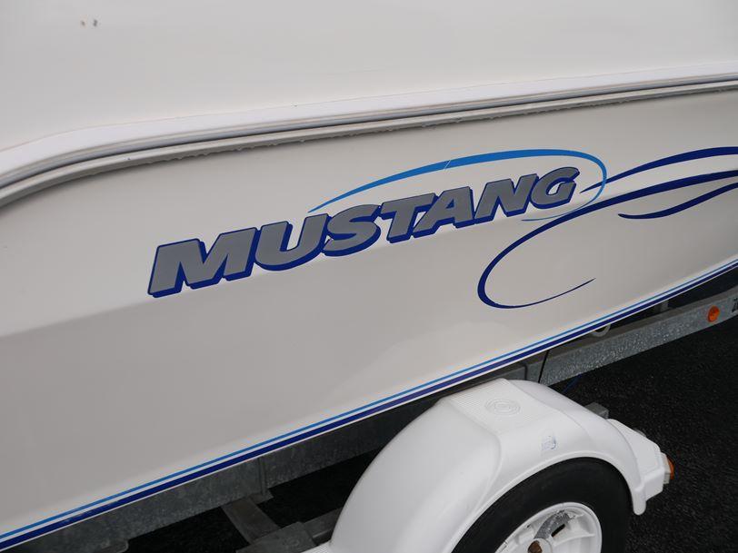 Mustang 1750 Tournament