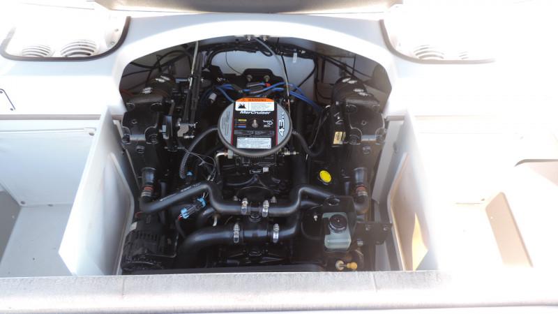 Four Winns H190 2011 Model