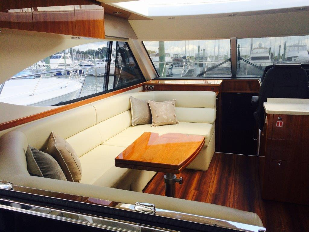 Riviera 5000 Sports Yacht Series II