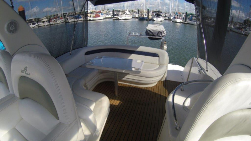 2006 Sea Ray 375 Sundancer