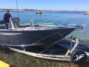 6200 YELLOWFIN Rear Centre Console 130 HP PACK 3   * NEW MODEL
