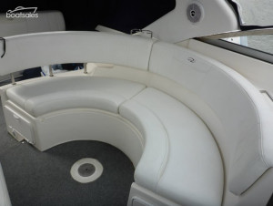 Regal 3360 Windows Express Cruiser