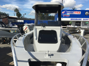 7000 YELLOWFIN CENTRE CABIN  200 HP PACK 2