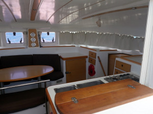 Lagoon 380. Owners Version. 2011.