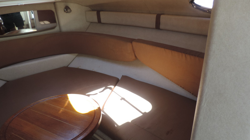 2009 Sea Ray 240 Sundancer