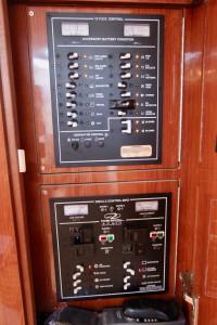 2008 Regal 3360