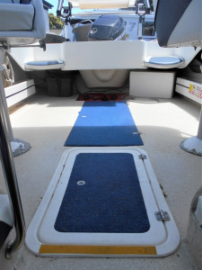 HAINES HUNTER 470 BREEZE CUDDY CABIN