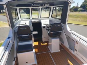 650 Hardtop Northbank, 200hp Mercury V6 & Easytow alluminum trailer