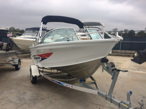 New Quintrex 430 Fishabout Pro Powered by the Yamaha F40  Four Stroke Pack 1
