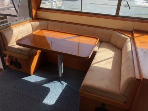 Riviera 38' Flybridge
