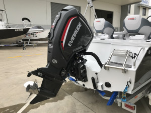 Stacer 519 Crossfire Side Console 2020 Model