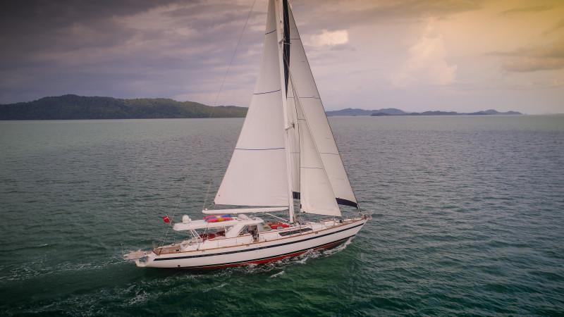 Sailing Yacht 'TARONGA'