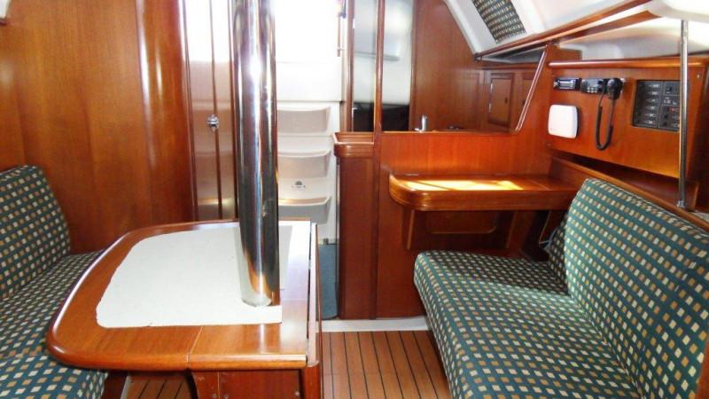 2001 Beneteau Oceanis Clipper 331