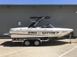 Malibu Wakesetter 21 VLX Wakeboat 2010 Model
