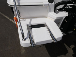 Revival 530 Offshore - Cuddy Cabin