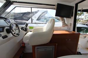 2012 Beneteau Antares 880
