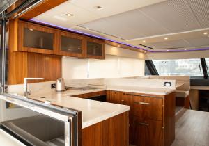 2016 Riviera 6000 Sports Yacht