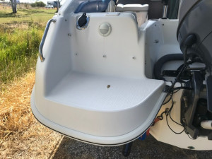 USED 2000 WHITTLEY 580 VOYAGER WITH 2017 YAMAHA 150HP FOR SALE
