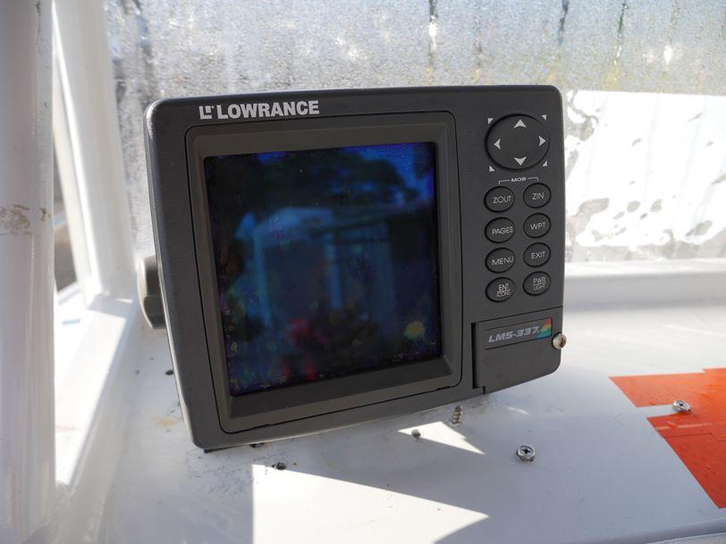 Quintrex 560 Legend - Centre Console