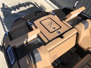 MasterCraft X22 2020 Model - Midnight Black + Gunmetal Flake