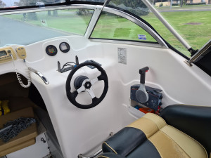 550F Pursuit Cuddy, Dunbier trailer & 130hp Yamaha 2 stroke