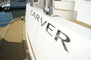 2007 Carver 440