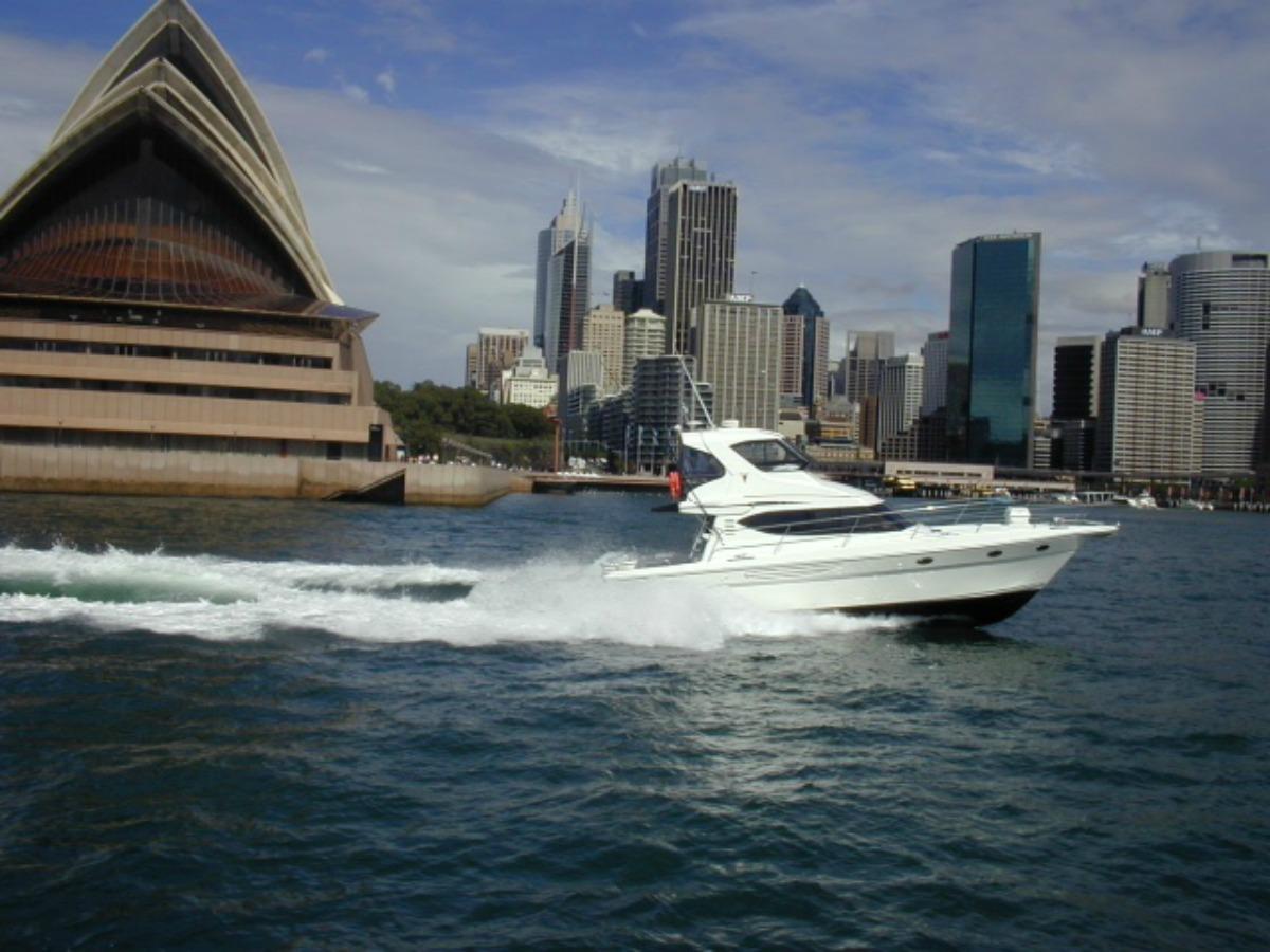 Steber 4380 Sports Cruiser