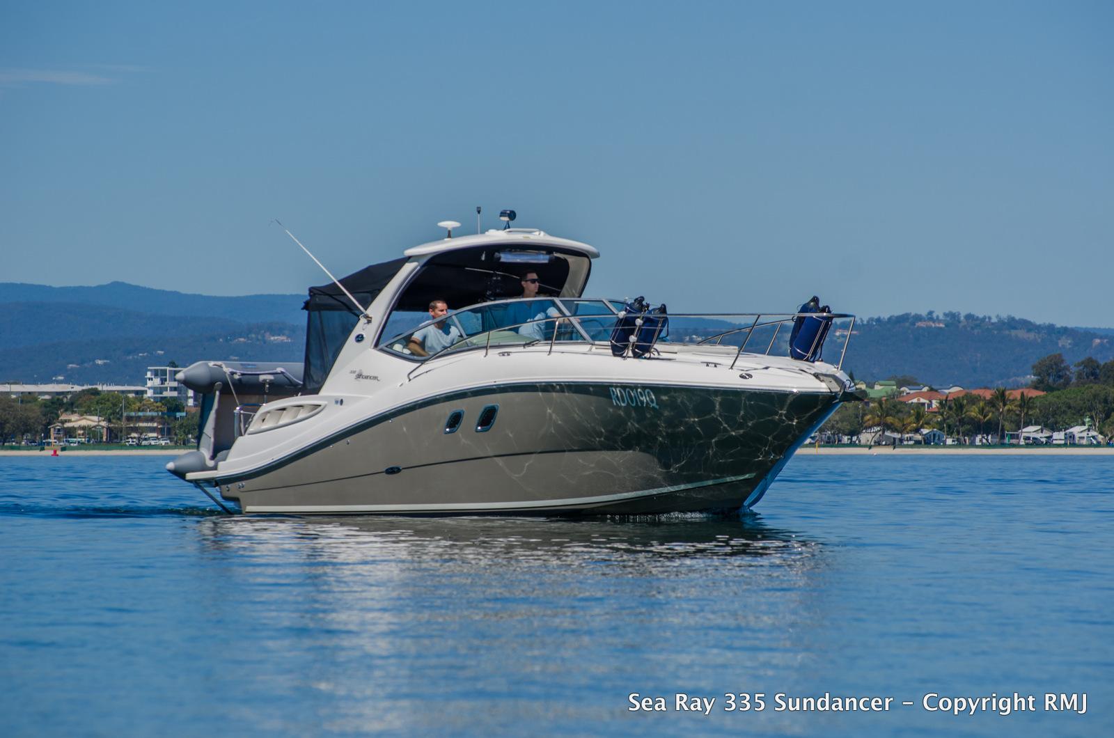 Sea Ray 335 Sundancer   R Marine Jones
