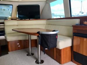 Riviera 40 Flybridge