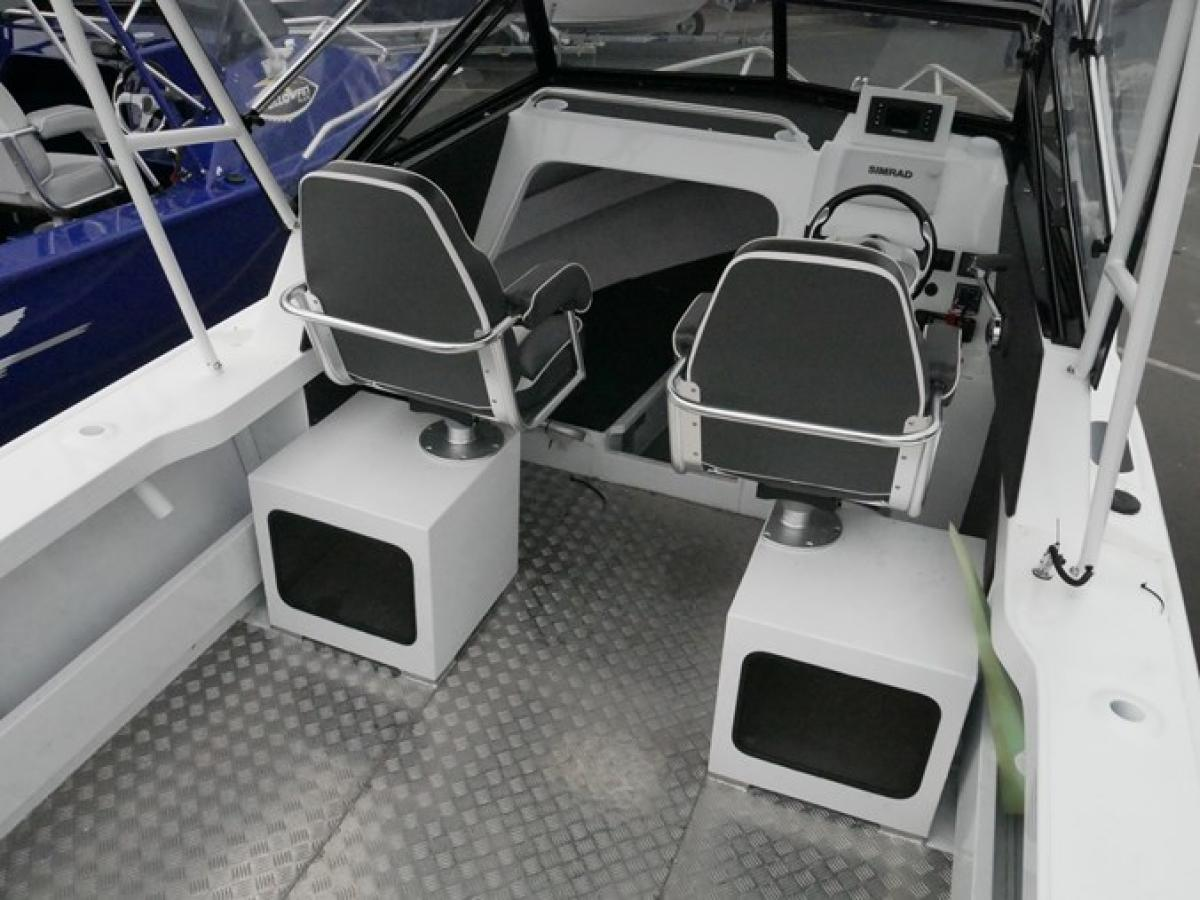 Yellowfin 6700 Cabin - Plate Offshore